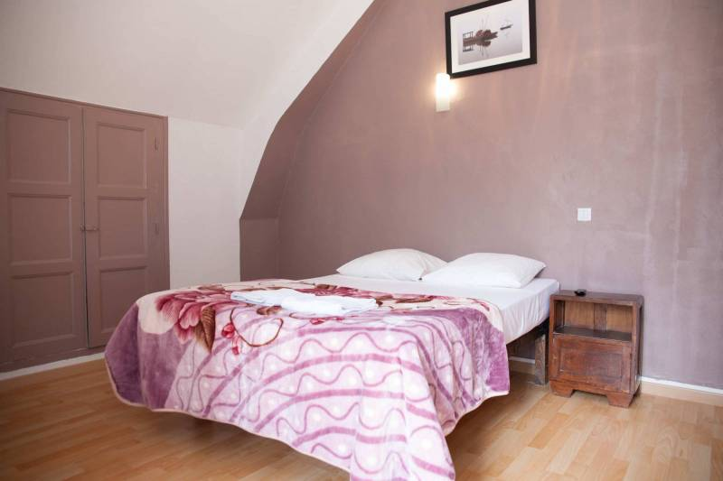 Room N° 13: It offers a  view on the loire with sunset visible to admire. hotel blois centre ville pas cher